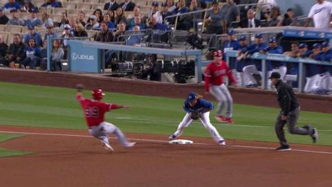LAA@LAD: Escobar plates Soto to put Angels on board