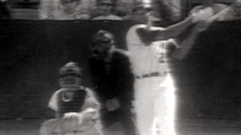 WS1969 Gm2: Clendenon's solo homer gives Mets lead