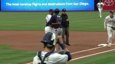 ATL@SD: Perdomo has fun with Kemp after nice play