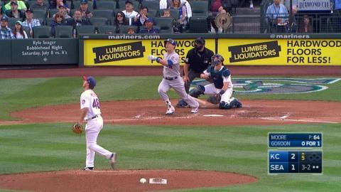 KC@SEA: Gordon launches a solo home run to right
