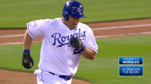 MIN@KC: Morales launches solo home run to right