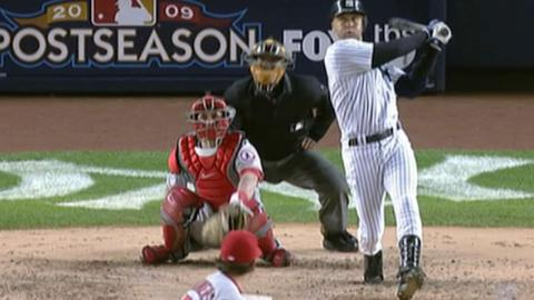 2009 ALCS Gm 2: Jeter hits a solo homer to right field