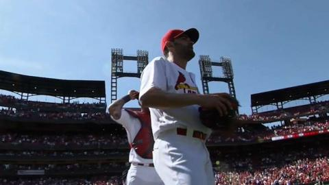 MIL@STL: Garcia throws a one-hitter, fans 13 batters