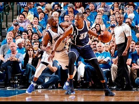 Kevin Durant and Russell Westbrook Lead Thunder to Win in Dallas