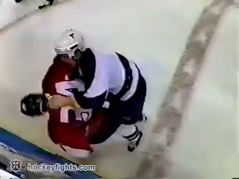 Shane Hnidy vs Garnet Exelby Mar 21, 2003