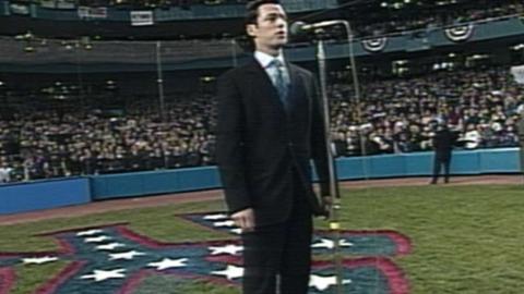 WS2001 Gm3: Max von Essen sings the national anthem