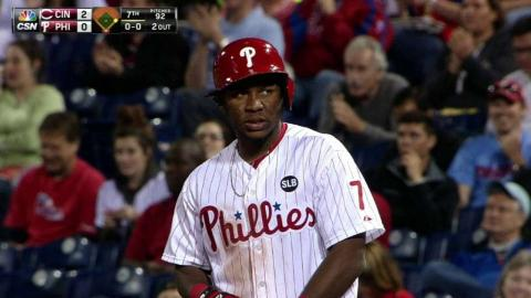 CIN@PHI: Franco singles to break up no-hit attempt