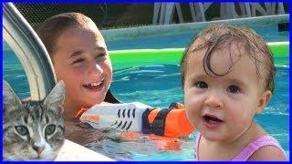Girls In The Swimming Pool - Baby Having Fun - Night Swim - Family Reality VLOG Week 12