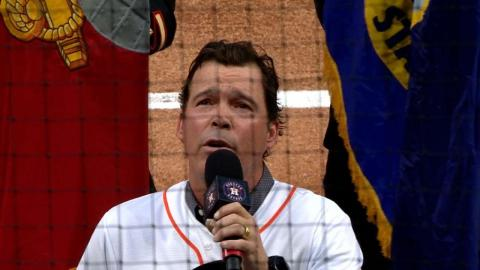 SEA@HOU: Clay Walker sings the national anthem