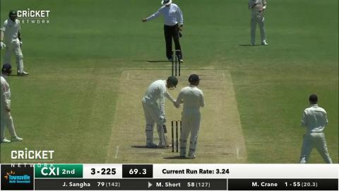 Townsville groundsman takes a classic catch