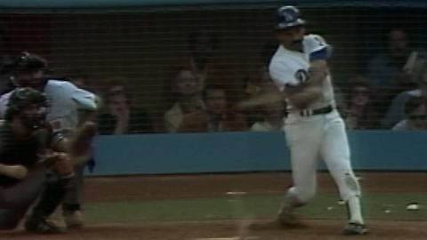 WS1981 Gm4: Lopes' infield single scores Monday