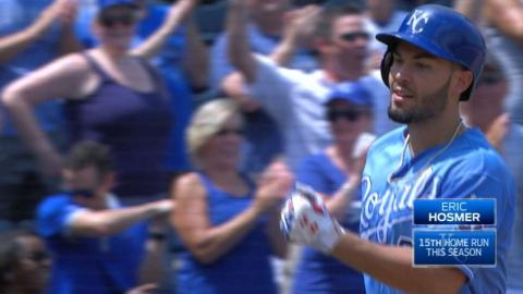 CWS@KC: Hosmer homers to go back-to-back-to-back