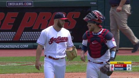 LAA@CLE: Allen strikes out Valbuena to get the save