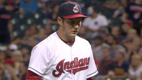 TB@CLE: Bauer's 10 strikeouts in 10 seconds