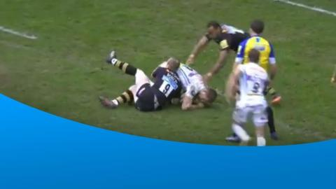 What a try-saving tackle from Dan Robson on Sam Hill!