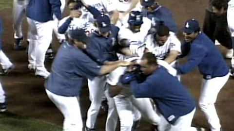 SD@LAD: Beltre hits walk-off home run in the 9th