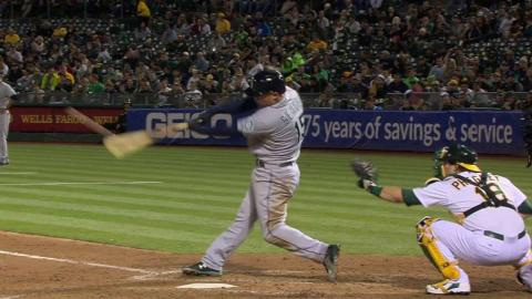 SEA@OAK: Seager knocks an RBI double in the 3rd