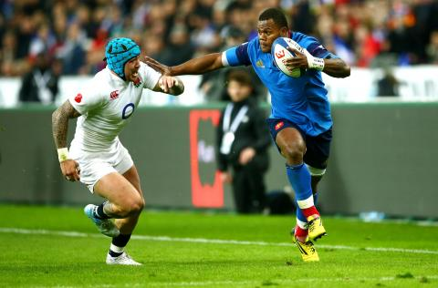 Powerful run from Vakatawa sets up French attack! | RBS 6 Nations