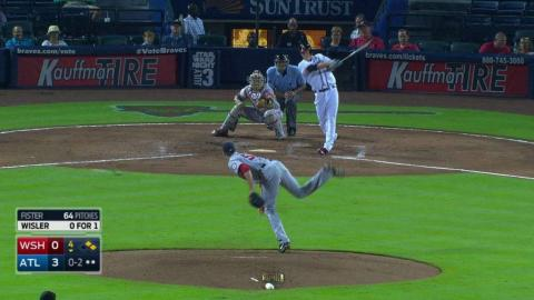 WSH@ATL: Wisler singles for first big league hit, RBI