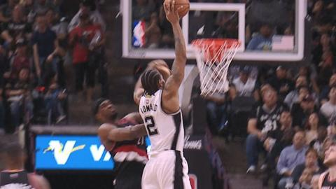 Kawhi Leonard Skies for Back-to-Back THROWDOWNS (Including a Poster!) | March 15, 2017