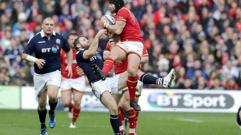 Leigh Halfpenny is top quality under the high ball | RBS 6 Nations