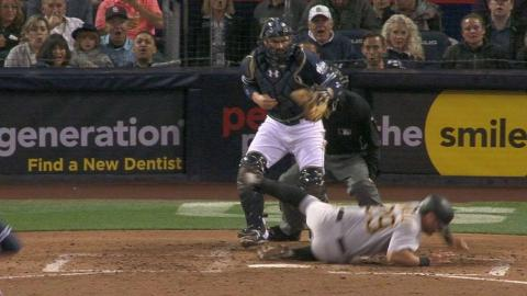 PIT@SD: Cervelli gets hit by the pitch from Ross