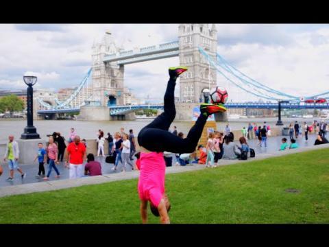 FREESTYLE FOOTBALL FUN! - Skills & Tricks in LONDON!!