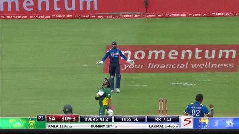 South Africa vs Sri Lanka - 5th ODI - JP Duminy Wicket