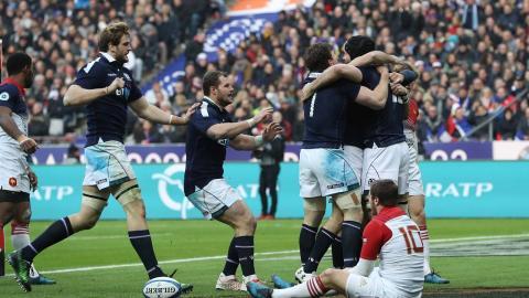 Swinson scores under posts after fantastic Scottish break! | RBS 6 Nations