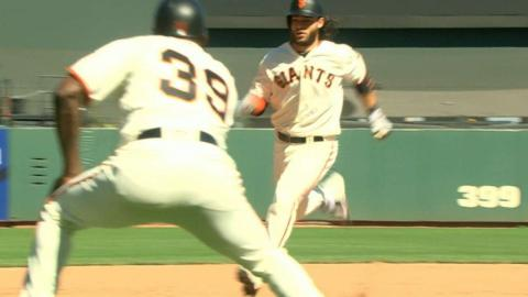 ATL@SF: Giants hit three triples in the 7th inning