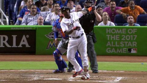 NYM@MIA: Ozuna drives in his second run of the game