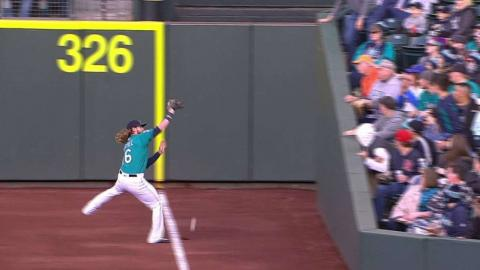TEX@SEA: Andrus' ground-rule double under review