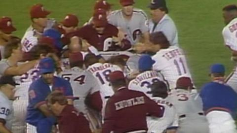 PHI@NYM: Mets and Phillies skirmish after Gooden hit