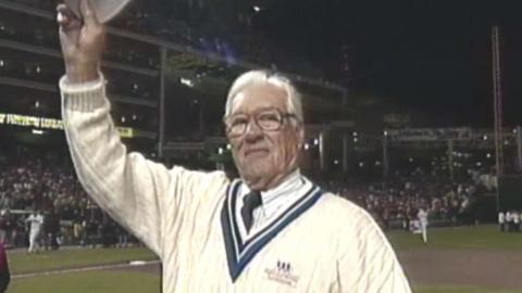 1995 WS Gm4: Feller throws out ceremonial first pitch