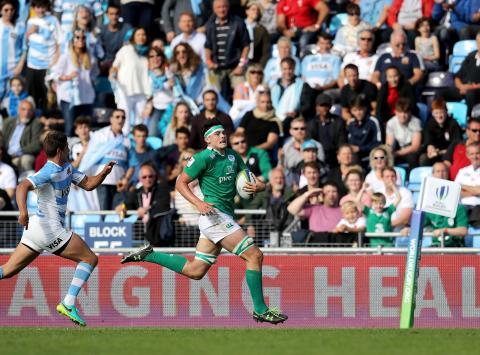 Irish powerhouse Deegan runs in great solo try!