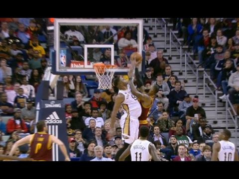 Terrence Jones Rejects LeBron's Dunk Attempt | 01.23.17