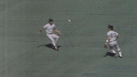 1980 ALCS Gm1: White hits a two-run double, ties game