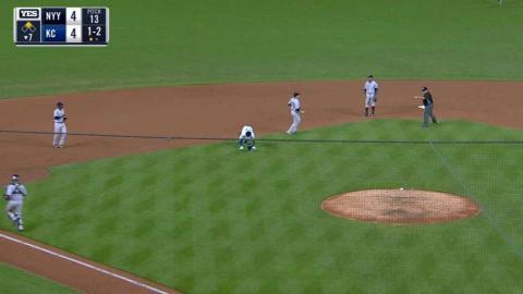 NYY@KC: Shreve nabs Mondesi stealing third base