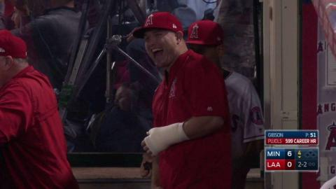 MIN@LAA: Trout joins teammates in the dugout