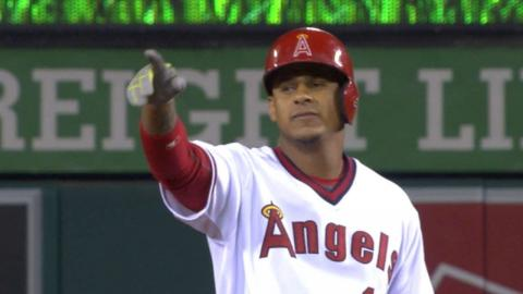 CWS@LAA: Angels pile on five runs in the 7th inning