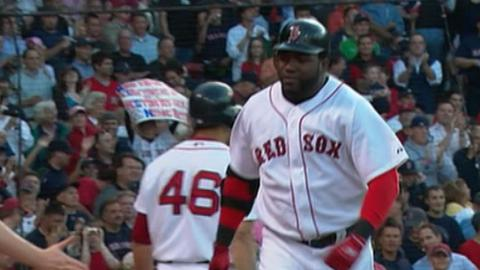 KC@BOS: Ortiz belts his 300th career homer to left