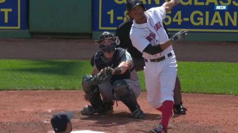 SEA@BOS: Bogaerts clears the Monster with a solo shot