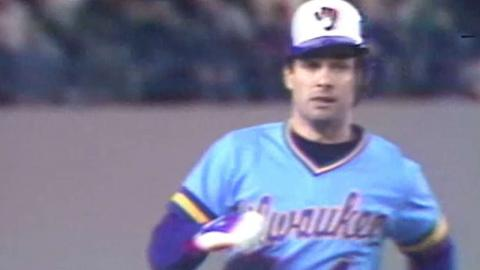 1981 ALDS Gm3: Molitor's homer gives Brewers lead