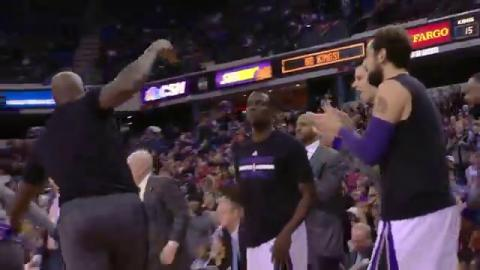 Rajon Rondo Lobs it Up to Rudy Gay for the Reverse Alley-Oop!