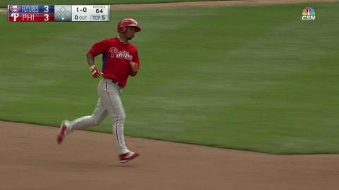 PFS@PHI: Williams jacks a solo home run
