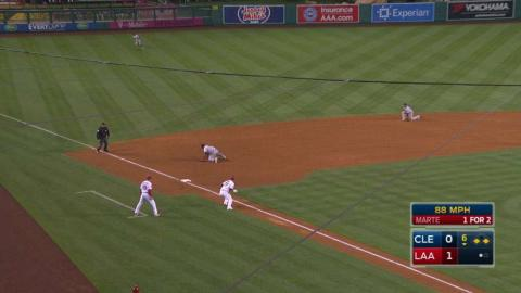 CLE@LAA: Uribe makes great grab to start double play