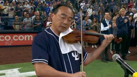 CHC@SD: Violinist performs the national anthem