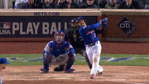 NLCS Gm1: d'Arnaud crushes a home run off the apple