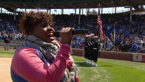 COL@CHC: Holmes sings the national anthem