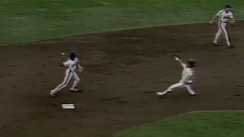 1986 NLCS Gm5: Mets escape trouble with 4-6-3 DP